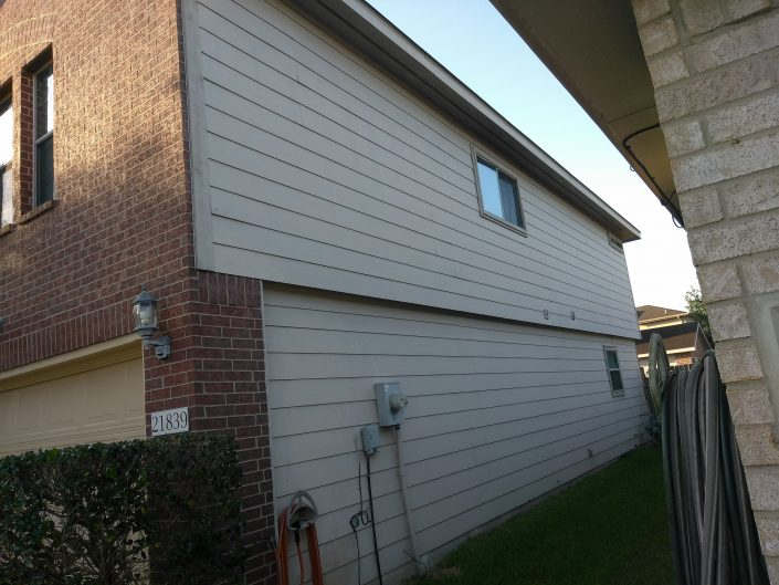 Side Yard Exterior Paint Job on North Katy, TX Home
