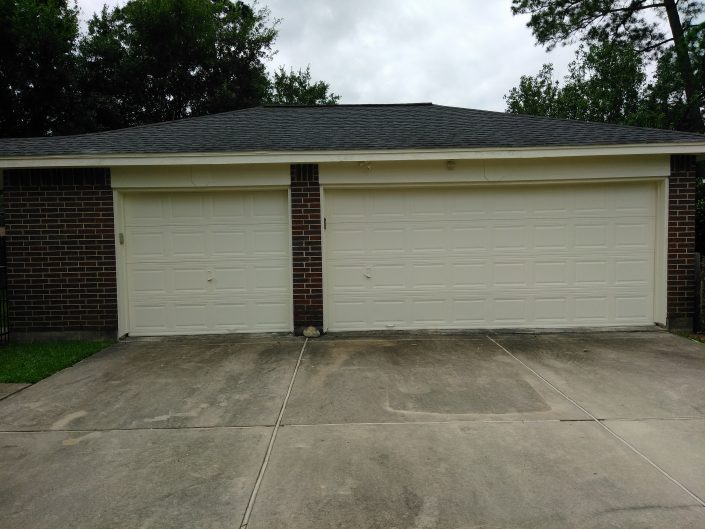 Complete Exterior Painting and Repairs of Tomball, TX Residence